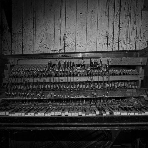 Image of JQ Old Piano